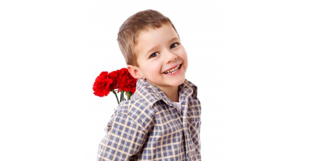 Prepara un ramo de flores con papel pinocho para el Día de la Madre