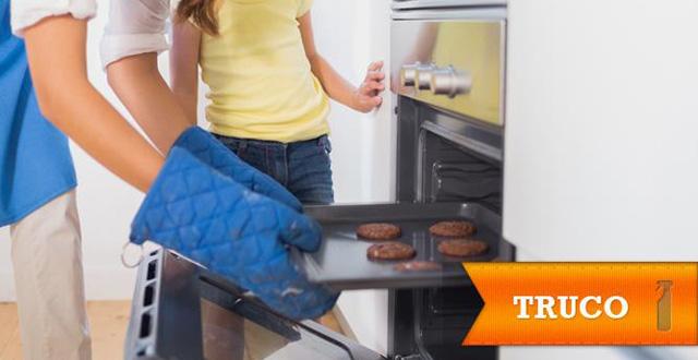 Truco de limpieza: limpiar el horno